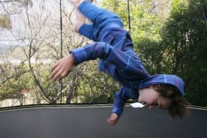 Trampolin Fitness bringt nicht nur Kindern große FreudeTrampolin Fitness bringt nicht nur Kindern große Freude